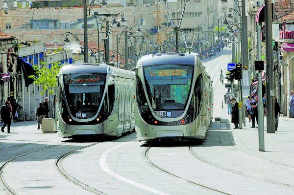 הרכבת הקלה ברחוב יפו ירושלים (צילום: אוריה תדמור)