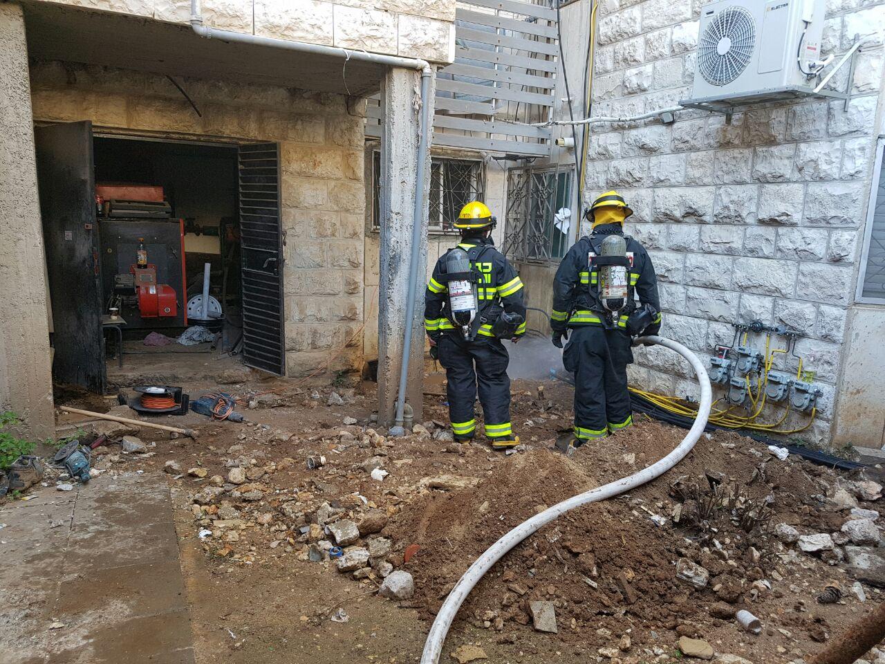 """דליפת הגז בגילה (צילום: רס""""ל אריק אבולוף כבאות והצלה ירושלים)"""