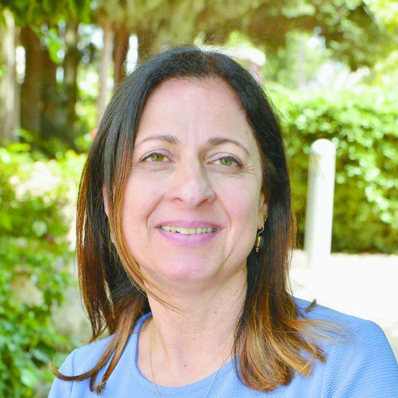 """אורית עמיאל, מנהלת שירות האומנה במכון סאמיט ירושלים. צילום: יח""""צ"""