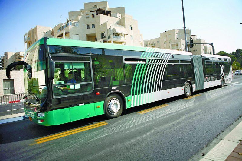אוטובוס בירושלים (צילום: מיכל פתאל)
