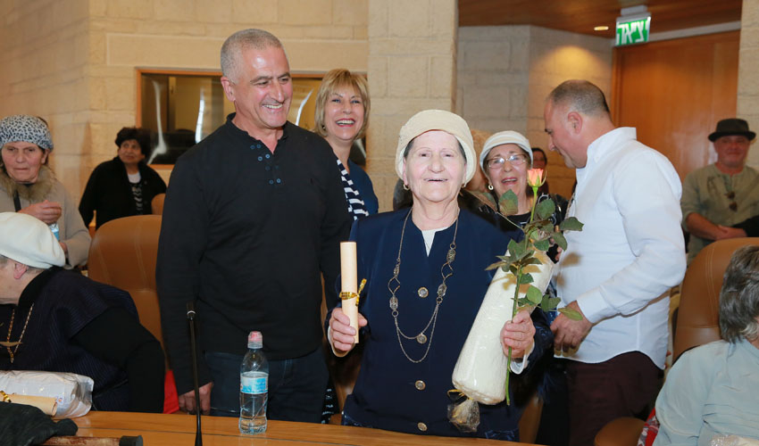 רק בת 100. מלכה מסעודה (צילום: ארנון בוסאני)