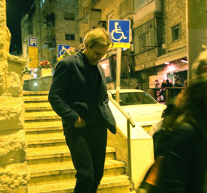 """ד""""ר האוס, השחקן יו לורי בירושלים (צילום: פול סגל)"""