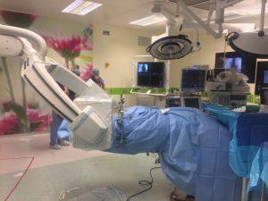 ניתוח אורתופדי נדיר בהשתתפות שני רובוטים (צילום דוברות הדסה)