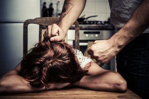 אישה מוכה (צילום אילוסטרציה: א.ס.א.פ קריאייטיב INGIMAGE)