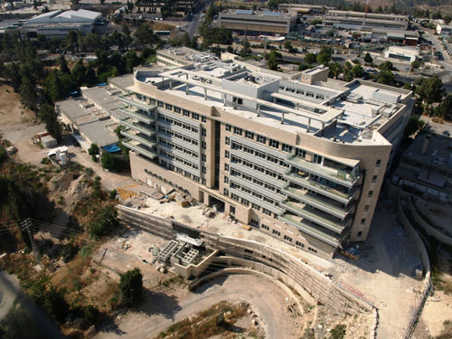 בניין האשפוז החדש במרכז הרפואי הרצוג (צילום: המרכז הרפואי הרצוג)