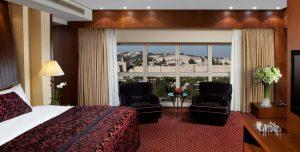 חדר השינה בסוויטה הנשיאותית, מלון המלך דוד (צילום: אורי אקרמן)