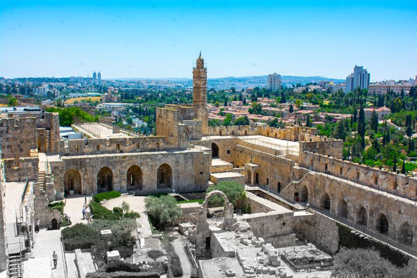 סיגל קליין במגדל דוד (צילום: מאיר אליפור)