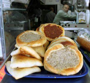 פיתות ולחם בעיר העתיקה (צילום: טס שפלן)