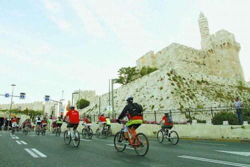 אירוע סובב yes PLANET ירושלים (צילום: רונן-טופלברג)