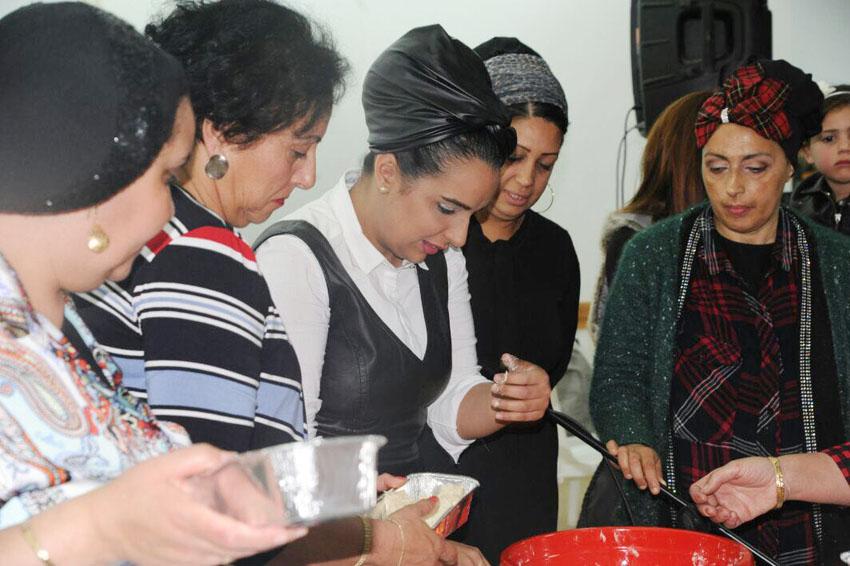 אירוע הפרשת חלה למען אושרת לסרי (צילום: יעל שילה)