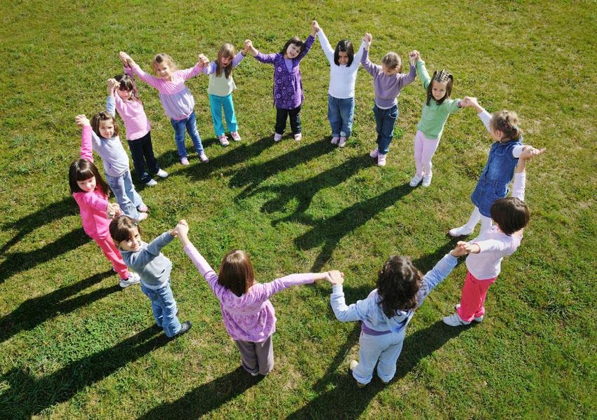 ילדים משחקים (צילום: א.ס.א.פ קריאייטיב INGIMAGE)