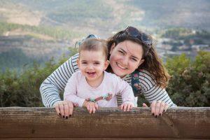 יערה קץ פיינר ובתה (צילום: נעם פיינר)