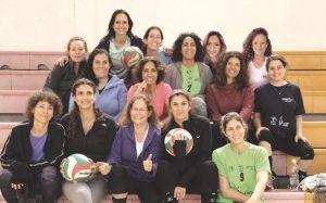 """""""חברות אמיתית"""" - קבוצת אפרתה-בקעה של מאמאנט ירושלים (צילום: נעמי קרוגר)"""