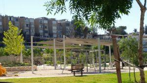 פארק החבלים ברחוב דהומיי (צילום: מיכל פישמן-רואה)