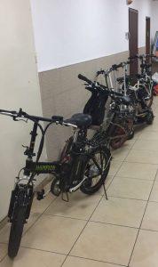האופניים החשמליים שנתפסו (צילום: דוברות המשטרה)