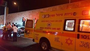 """תאונה קטלנית סמוך למנהרת הארזים (צילום: דוברות מד""""א)"""
