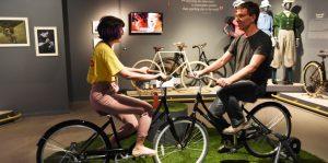 אופניים במוזיאון המדע (צילום: אבי חיון)
