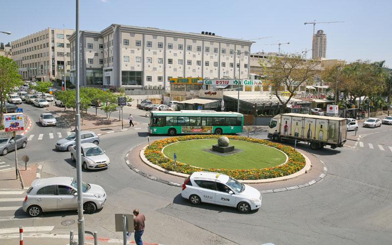 אזור התעשייה תלפיות (צילום: ארנון בוסאני)