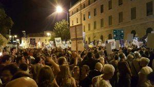 הפגנה בכיכר פריז להקמת רחבה שלישית בכותל (צילום: נאמני תורה ועבודה)