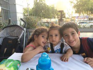 ילדיהם של איציק ועדי גודדי - נועם (8.5), מיכל (5.5) ויובל (שנתיים) (צילום: מתוך האלבום המשפחתי)