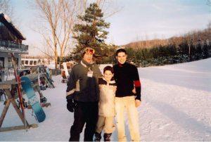 מייקל עם אביו וגלעד שטוקלמן בקנדה (צילום: פרטי)