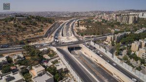מחלף הרוזמרין כביש בגין (צילום: ויז'ואל אלמנטס)
