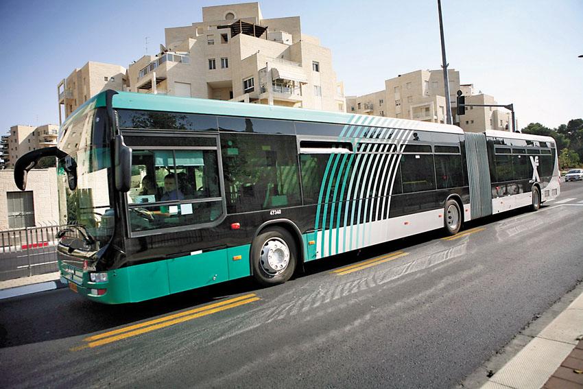 תחבורה ציבורית (צילום: מיכל פתאל)