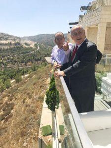ראש הממשלה בנימין נתניהו ואילן גורדו (צילום: פרטי)