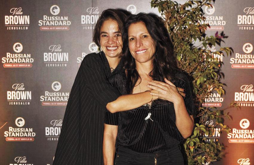 אורנה בנאי ובת חן סבג בהשקת מלון וילה בראון (צילום: עומרי שפירא)