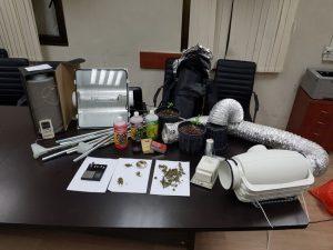 מעבדת סמים בבית (צילום: דוברות המשטרה)