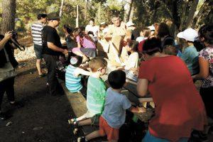 פעילות קהילתית ביער רמות (צילום:עמותת רמות למען הסביבה)