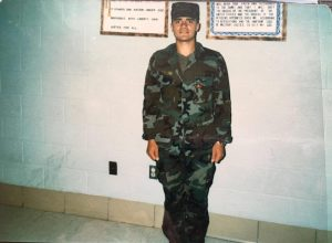 מריו הרברט שול, אביו של סמל ג'ייק שול (צילום: באדיבות המשפחה)