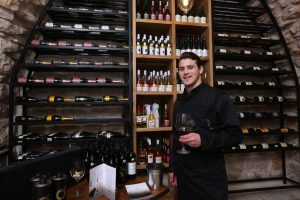 המרכז לתרבות יין במושבה הגרמנית (צילום: שלומי כהן)