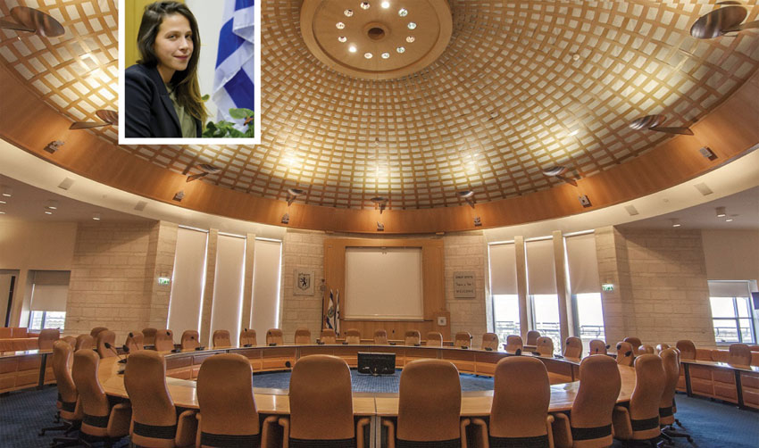אולם מועצת העירייה, עינב בר כהן (צילומים: טל הרדה, שרון גבאי)