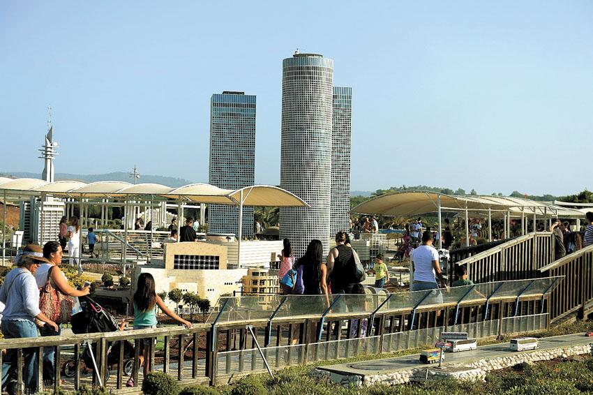 פארק המיניאטורות מיני ישראל (צילום: קובי קונקאס)