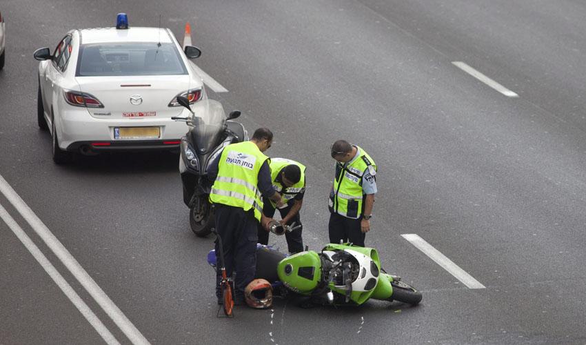 תאונת אופנוע (צילום: מוטי מילרוד)