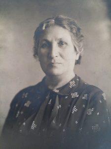"""שרה עזריהו ז""""ל, 1933 (צילום: מתוך ויקיפדיה)"""
