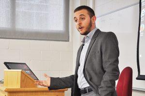 """עופר ארז, מנכ""""ל הבית הפתוח בירושלים (צילום: Philadelphia Gay News)"""