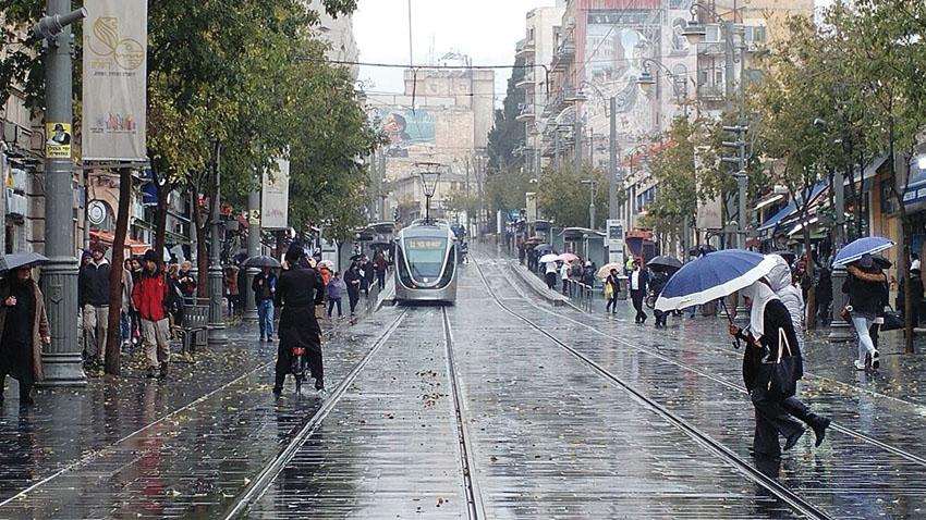 גשם בירושלים (צילום: ארנון בוסאני)