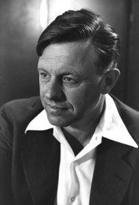 """טדי קולק, מנכ""""ל משרד הממשלה, 1956 (צילום: AFP)"""