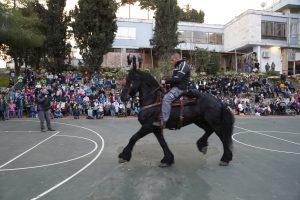 פעילות קהילתית משטרתית בקרית מנחם (צילום: דוברות המשטרה)
