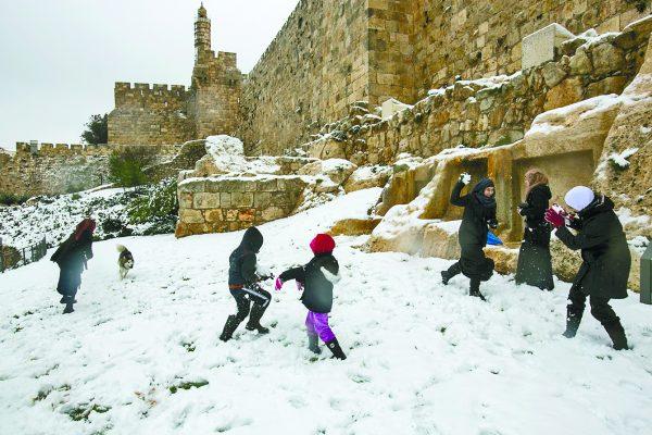 סופת השלג בירושלים 2013 (צילום: אוליביה פיטוסי)