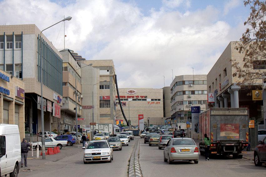 אזור התעשייה תלפיות (צילום: אמיל סלמן)