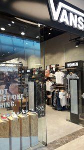 """חנות VANS החדשה בקניון עזריאלי ירושלים (צילום: יח""""צ)"""