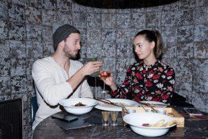 מייקל לואיס וסוראיה טורנס במסעדת ואלרו (צילום: נוי שמאע)