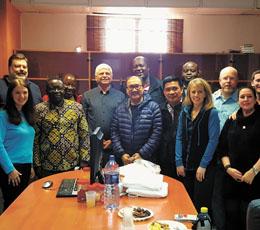 משלחת המנהיגים הנוצרים בפארק אדומים (צילום: עיריית מעלה אדומים)