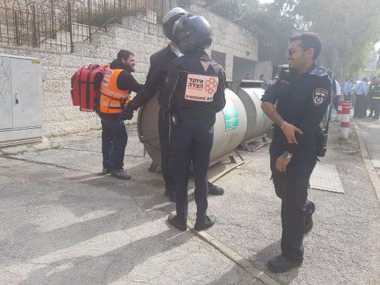זירת הפיצוץ ברחוב דן בבקעה (צילום: דוברות איחוד והצלה מחוז ירושלים)