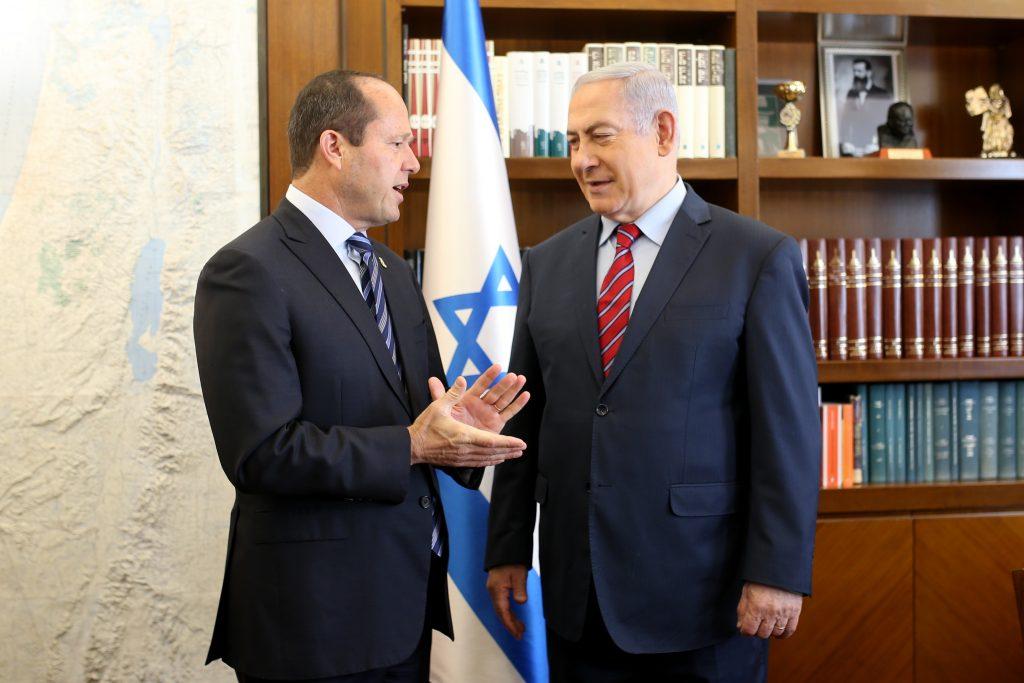 ראש הממשלה בנימין נתניהו וראש העיר ניר ברקת (צילום: אורן בן-חקון)
