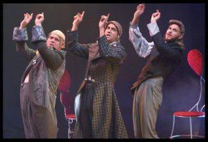 ההצגה שלום עולמים (צילום: מוקי שוורץ)