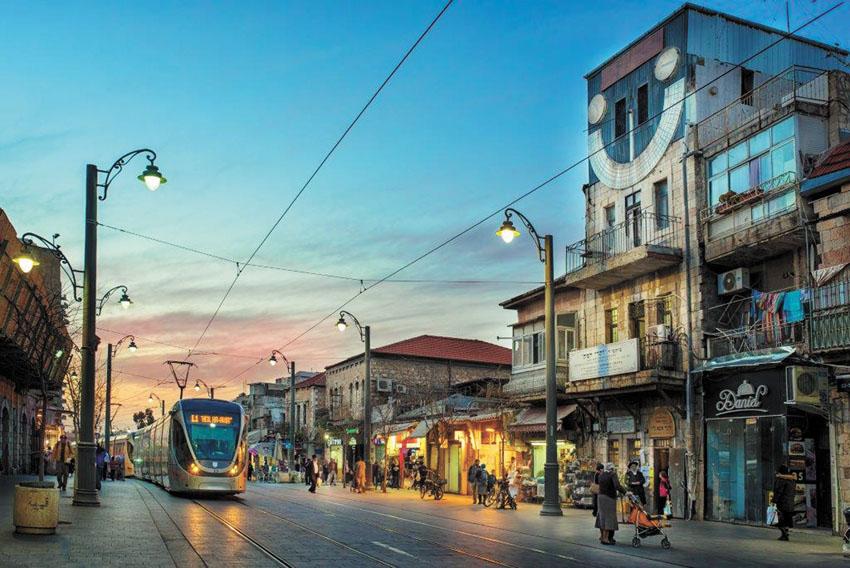 הרכבת הקלה בירושלים (צילום: רומל פיאנדה)